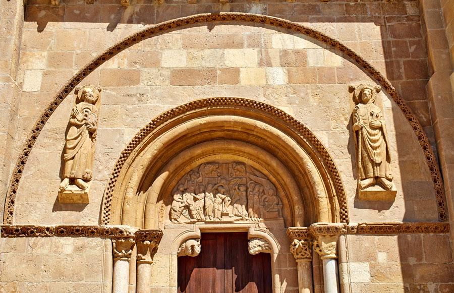 Façade de Saint Isidore